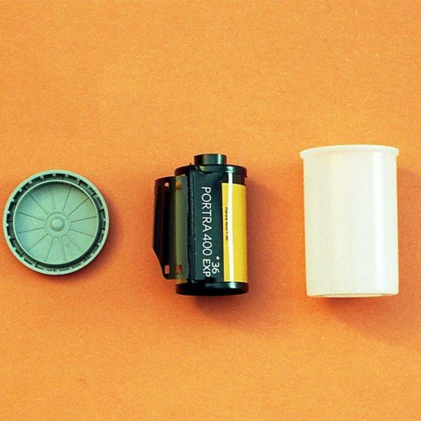Kodak Professional Porta 400 Color Negative Film (35mm Roll Film, 36 Exposures)
