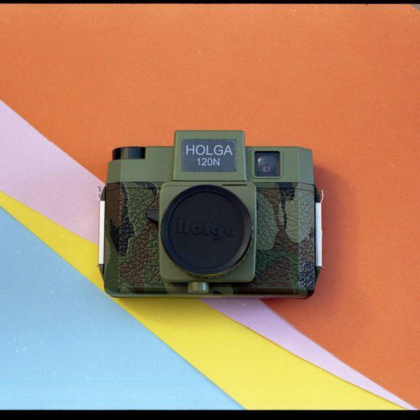 Holga 120N Holgawood Commando Camera (Medium Format 120 Camera)