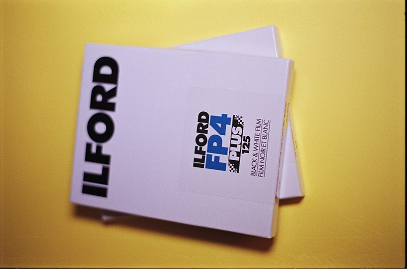 Ilford Delta 100 Professional 4x5 Black & White Sheet Film (25 Sheets)
