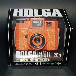 Holga HolgaGlo 120N Glow In The Dark - Aura Orange