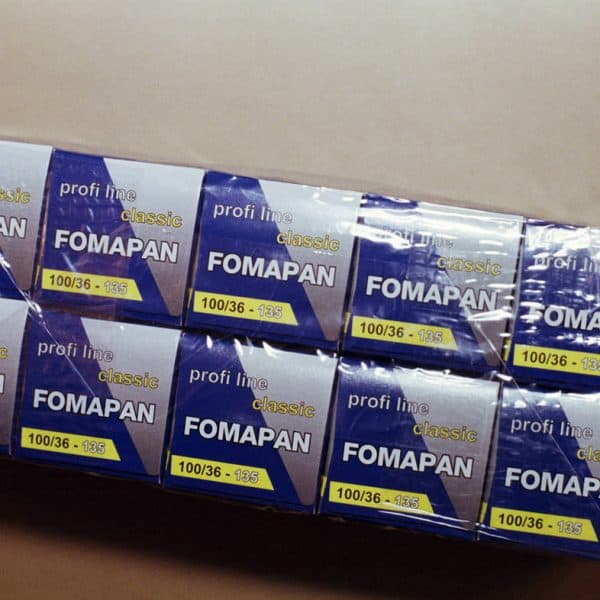 Foma Fomapan 100 Classic Black and White Negative Film (35mm Roll Film, 36 Exposures)