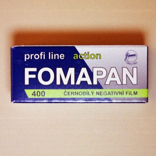 Foma Fomapan 400 Black and White Film (120 Roll Film)