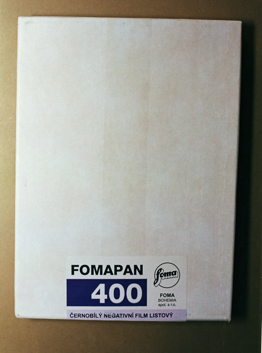 "Foma Fomapan 400 Black and White Sheet Film (4 x 5"", 50 Sheets)"